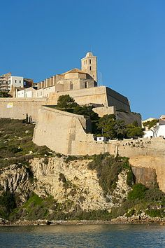 De geschiedenis van Ibiza