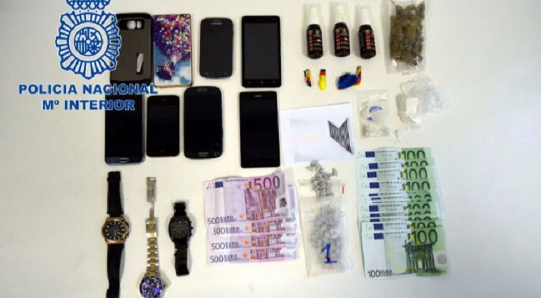 Arrestaties vanwege diefstal en drugsbezit