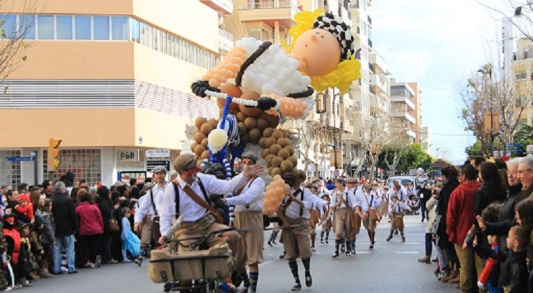 Carnaval op Ibiza - Carnavalsoptocht 26 februari