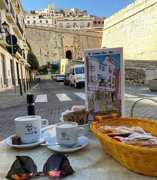 De lekkerste croissantjes van Ibiza