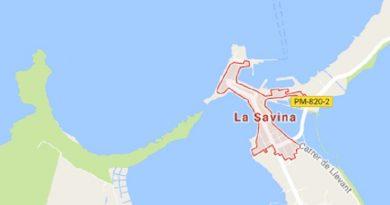 Zeilboot vastgelopen bij Formentera