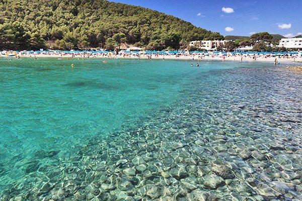 Cala Llonga Ibiza Stranden En Baaien Ibizaxxl Com