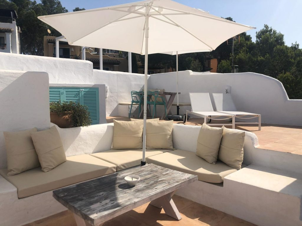 Te-Huur-Ibiza-Appartement-Villa